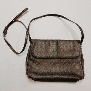 • FRANCESCA'S • gray faux leather crossbody bag
